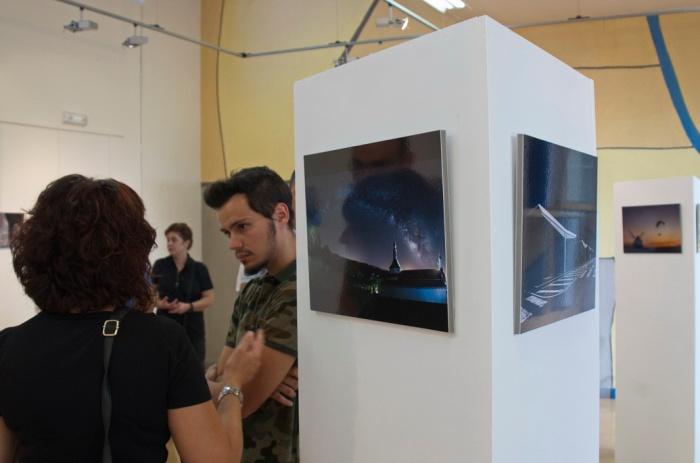 """Vista parcial de la exposición """"Objetivo Ciudad Real"""""""